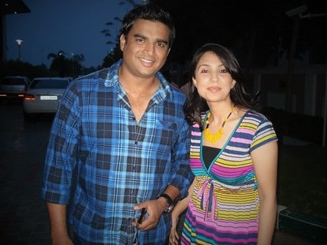 Ad Shoot with Madhavan: Univercell Mobiles